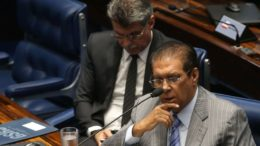 Jader Barbalho e Romero Jucá, derrota em votação no plenário (Foto: Antônio Cruz/Agência Brasil)