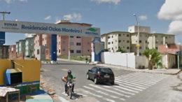 Residencial Ozias Monteiro I foi inaugurado em 2012 pelo então governador Omar Aziz. O Ozias Monteiro 2 está parado (Foto: Reprodução)