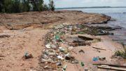 04-ponta-das-lajes-e-praia-com-lixo-valter-calheiros