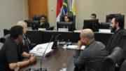 Acordo entre advogados do STTRM e do Sinetram foi assinado no TRT-11 (Foto: TRT/Divulgação)