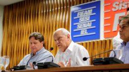 Wilson Périco, presidente do Cieam, e Antônio Silva, presidente da Fieam: prognóstico pessimista (Foto: Fieam/Divulgação)