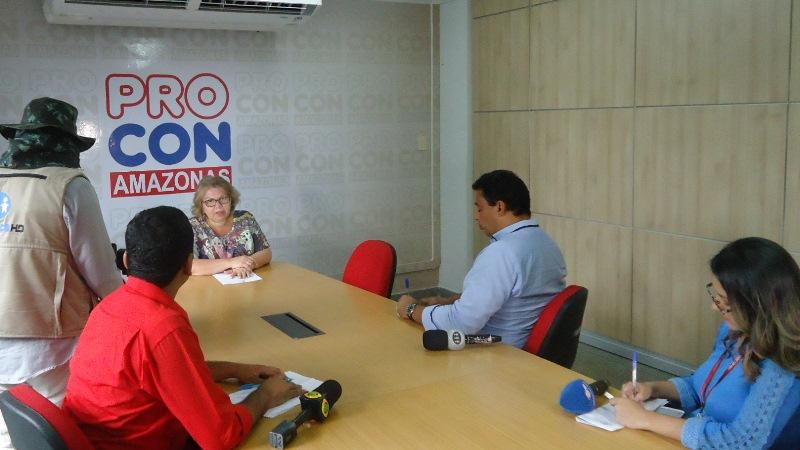 A secretária executiva do Proncon, Rosely Fernandes, apresentou balanço nesta terça-feira (Foto: Divulgação/Procon-AM)
