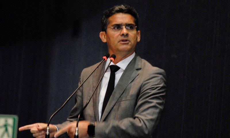 David Almeida venceu com vantagem extraordinária o candidato da coalizão Bosco Saraiva (Fotos: Alberto César Araújo/ALE)