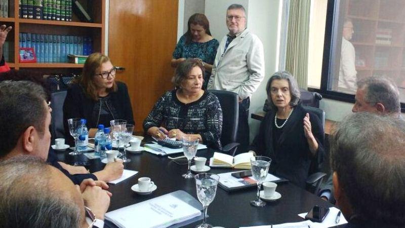 Ministra se reuniu no Tribunal de Justiça do Amazonas com presidentes dos tribunais de Justiça do Norte (Foto: Rosiene Carvalho)