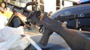 RIO DE JANEIRO- Favela da Grota - Policia apreende motos roubadas e metraladora 30 MM durante operação