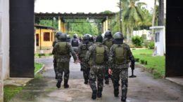 As Forças Armadas que já vigilância nas fronteiras irão fazer varreduras nos presídios (Foto: Seap/Divulgação)