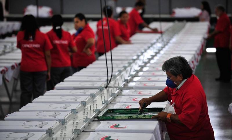 Fábrica indústria (Foto: Marcelo Camargo/ABr)