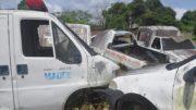 Ambulâncias sucateadas foram encontradas em um terreno do município (Fotos: M. Rocha/Divulgação)