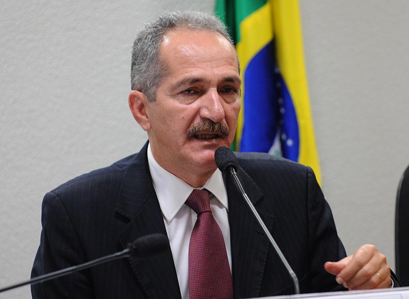 Aldo Rebelo diz que violência não resolve diferenças políticas