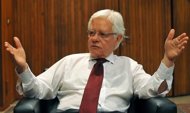 Redução gradativa de subsídio ao diesel depende da Fazenda, diz ministro