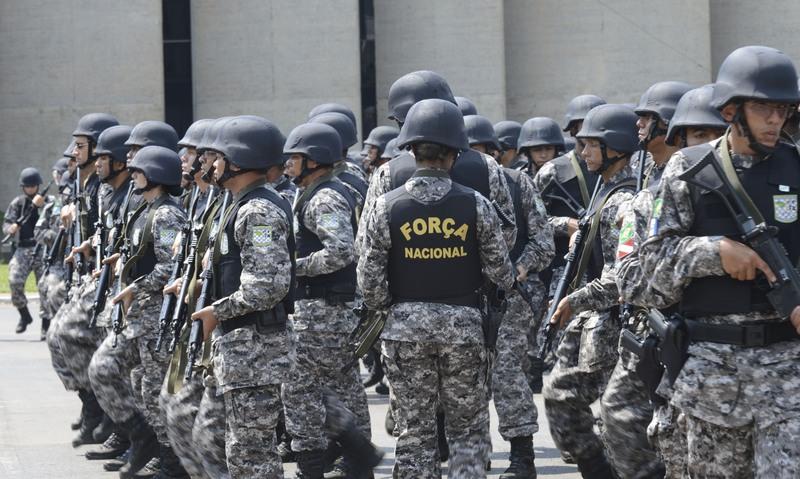 Policiais Força Nacional (Foto: Antônio Cruz/ABr)