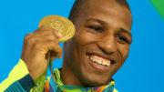 RIO DE JANEIRO 16/08/2016 - RIO CENTRO PAVILHÃO 6 - Luta de boxe masculino na categoria até 60 quilos, pela disputa da medalha de ouro nos jogos olímpicos Rio 2016, no Rio de Janeiro. Na foto: Robson Conceição. Flávio Florido/Exemplus/COB