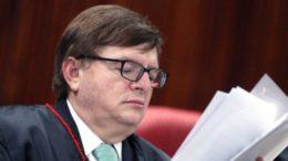 Revelações sobre caixa 2 à chapa Dilma/Temer foram feitas ao ministro Herman Benjamin (Foto: Roberto Jayme/Ascom/TSE)