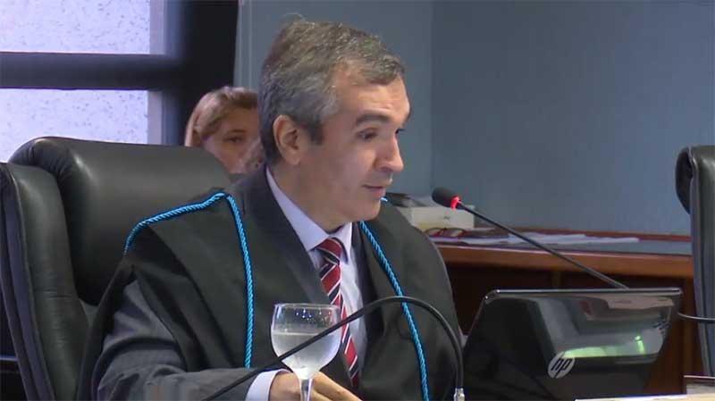 Conselheiro substituto Mário Filho livrou o ex-secretário da Seinfra de multa no processo do Alto Solimões (Foto: Reprodução)