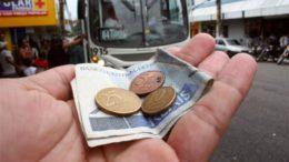 Troco ônibus (Foto: Semcom/Divulgação)