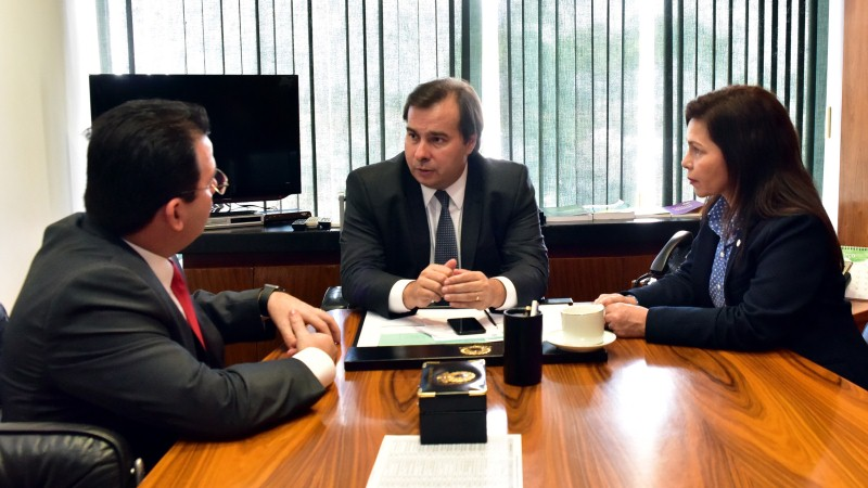 Wilker Barreto se reuniu em Brasília com Rodrigo Maia e Conceição Sampaio (Foto: Divulgação)