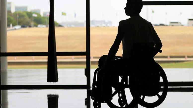 Brasília - O Dia Nacional de Luta das Pessoas Deficientes é comemorado na Câmara dos Deputados com desfile de modelos com deficiência (Foto: Marcelo Camargo/Agência Brasil)