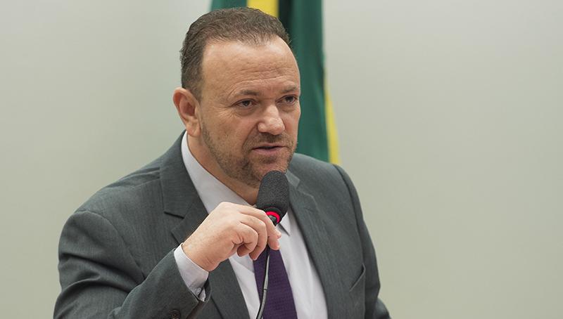 'PT vai utilizar as eleições para fazer a defesa do Lula', diz Edinho Silva