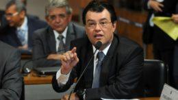Eduardo Braga (Foto: Vagner Carvalho/Divulgação)