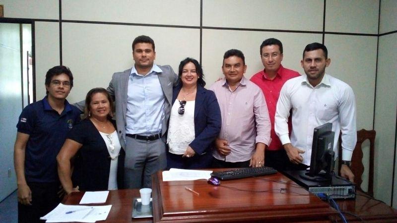 Jaqueline Marques e diretores do Garantido fecham acordo para indenizar a ex-cunhã poranga (Foto: Márcio Costa/Divulgação)