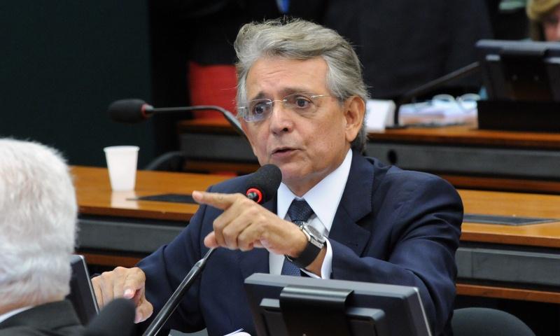 'Decreto tira polo de concentrados em Manaus da UTI', afirma Pauderney