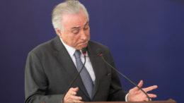 Michel Temer tenta traçar estratégia para enfrentar as acusações, sem saber exatamente o que ainda virá pela frente (Foto Lula Marques/Agência PT)