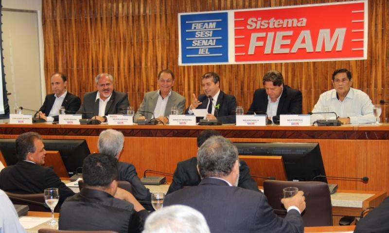 Representantes da indústria, comércio e setor primário se reunem com ministro do Trabalho na FIEAM