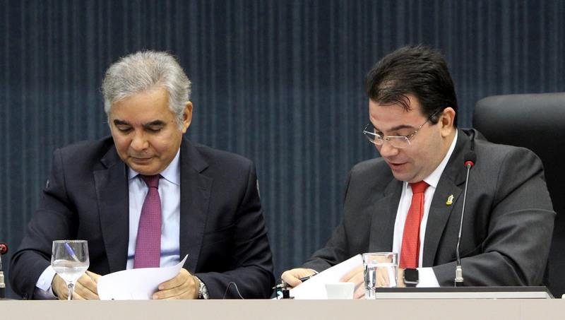 Wilker e Flávio Pascarelli (Foto: Tiago Corrêa/Dircom-CMM)