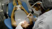 Dentistas podem atualizar conhecimentos pela internet em projeto da UFMG (Foto: Valter Campanato/ABr)