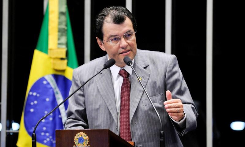 Ministro Fachin autoriza investigação contra Braga por suspeita de caixa 2
