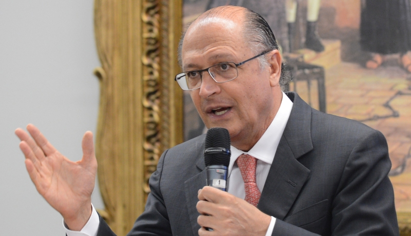 Geraldo Alckmin tentou justificar apoio a Temer com apoio às reformas (Foto: Antonio Cruz/ABr)