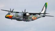 Aeronave SC- 105 Amazonas é equipada com itens específicos para atuar em busca e salvamento (Foto: FAB/Divulgação )
