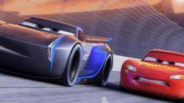 Relâmpago McQueen enfrenta adversário mais tecnológico no novo filme da franquia Carros (Foto: Disney/Divulgação)