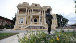 Prédio do Palácio Rio Negro passou por reparos e está aberto ao público (Foto: SEC/Divulgação)
