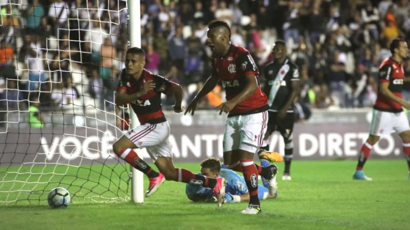 98173eaac5 Éverton marcou o gol da vitória rubro-negra no clássico com o Vasco (Foto