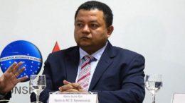 Márlon Reis diz que tentativa de 'blindar' pré-candidatos é uma armadilha no combate à corrupção (Foto: Valter Campanato/ABr)