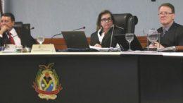 Relatora Yara Lins determinou devolução de dinheiro por gastos não comprovados (Foto: Ana Cláudia Jatahy/TCE)
