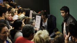 Caso se sinta lesado, o consumidor deve buscar um posicionamento do estabelecimento (Foto: Oswaldo Corneti/ Fotos Públicas)