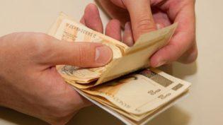 Novo presidente terá que definir regra para reajuste do salário mínimo em abril