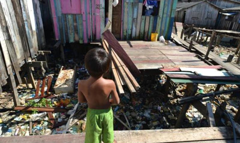 Seis em cada dez crianças e adolescentes no Brasil vivem na pobreza, diz Unicef