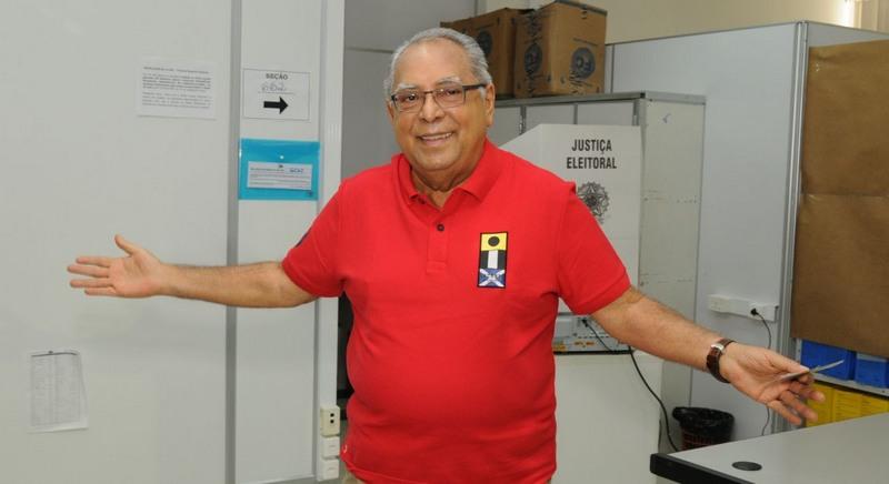 Amazonino diz que pretende ser um organizador político caso seja eleito neste domingo (Foto: ATUAL)