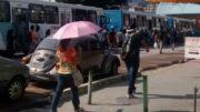 Motoristas pararam os ônibus para protestar contra a assaltos nos veículos (Foto: Divulgação)