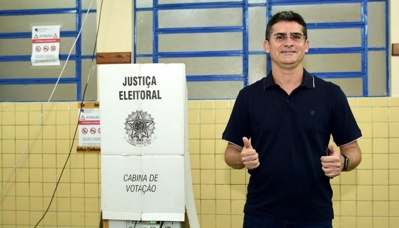 Governador interino David Almeida disse que montará equipe de transição nesta segunda com números favoráveis ao novo governador (Foto: Valdo Leão/Secom)