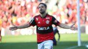 Diego marcou um dos gols da vitória do Flamengo que levou a equipe ao quinto lugar (Foto: Gilvan de Souza/Flamengo)