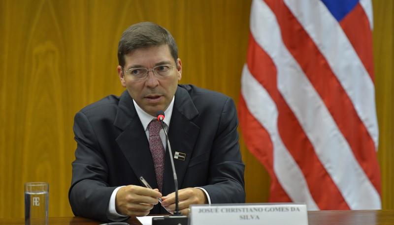 Centrão recebe adesão do PR e indica Josué Gomes a vice-presidente