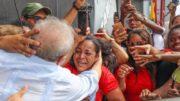 Lula percorre cidades dos Estados do Nordeste em caravana do PT (Foto: Ricardo Stuckert/PT/Divulgação)