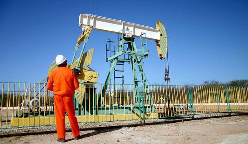 Governo federal muda critérios para distribuição de royalties do petróleo