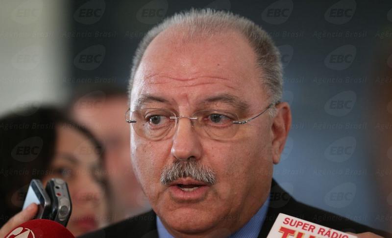 Sérgio Etchegoyen diz que crime organizado precisa de 'soluções extraordinárias' (Foto: José Cruz/ABr)