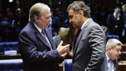 """Em ato falho, Tasso Jereissati chamou Aécio Neves de """"ex-presidente do PSDB"""" (Foto: Marcos Oliveira/Agência Senado)"""