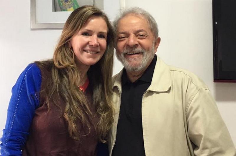 Senadora Vanessa Grazziotin divulgou encontro com Lula em sua página no Facebook (Foto: Facebook/Reprodução)